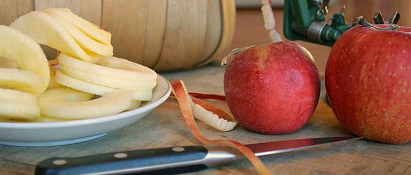 Homemade Applesauce: Pure and Simple