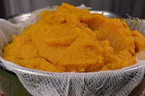 How to make your own fresh pumpkin puree