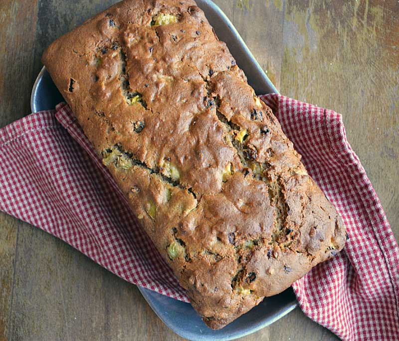 Whole Wheat Apple and Green Tomato Bread is bread is made with 100% white whole wheat flour but you would never know it by tasting it. No green tomatoes, substitute apples. This bread tastes even better the day after. Delicious!