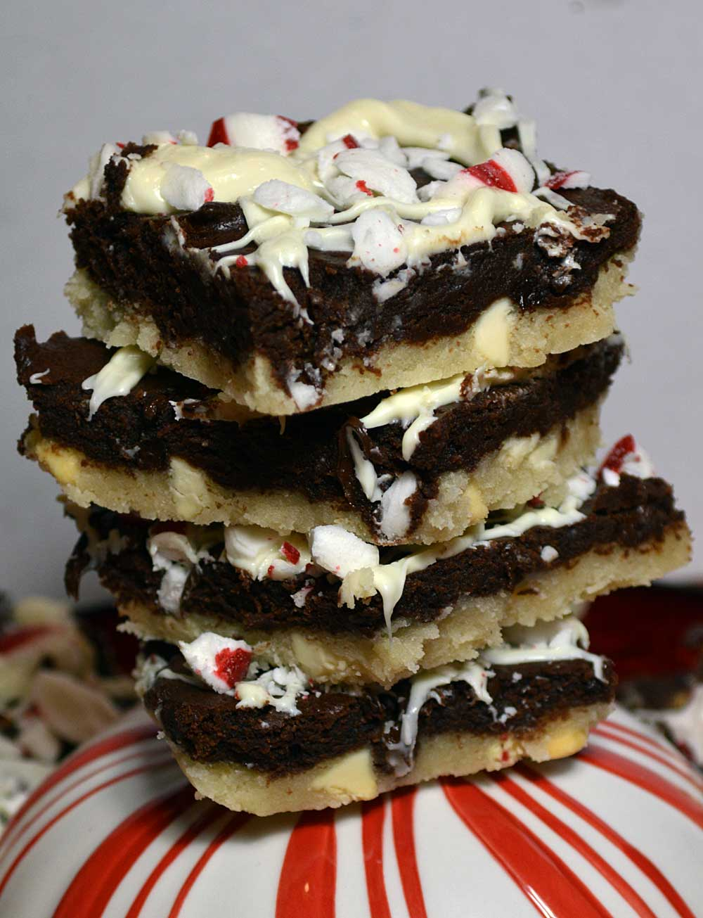 25 Days of Christmas Cookies: Day 3 - Black and White Peppermint Bars.
