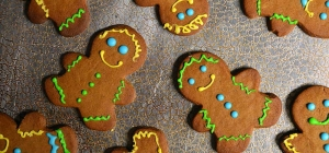 25 Days of Christmas Cookies: Day 7 - Chai Ginger Bread Men