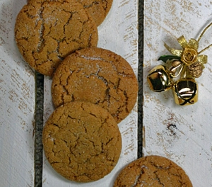 25 Days of Christmas Cookies: Day 14 - Big Soft Ginger Cookies