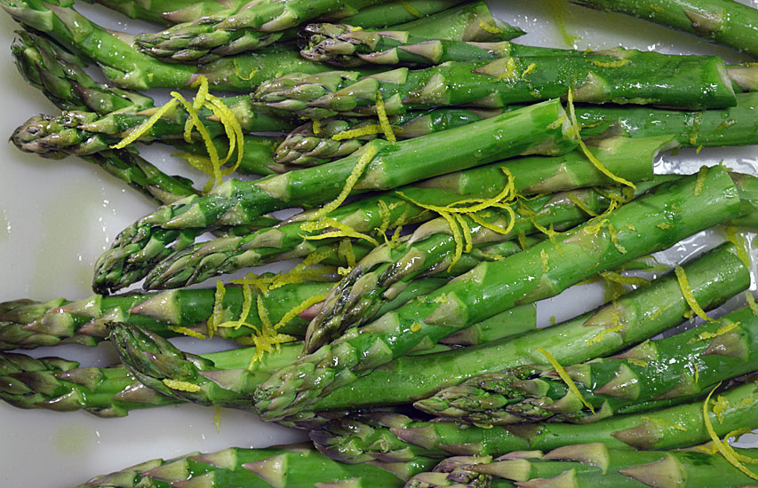 Grilled Asparagus with Olive Oil and Lemon Zest: Pure and Simple