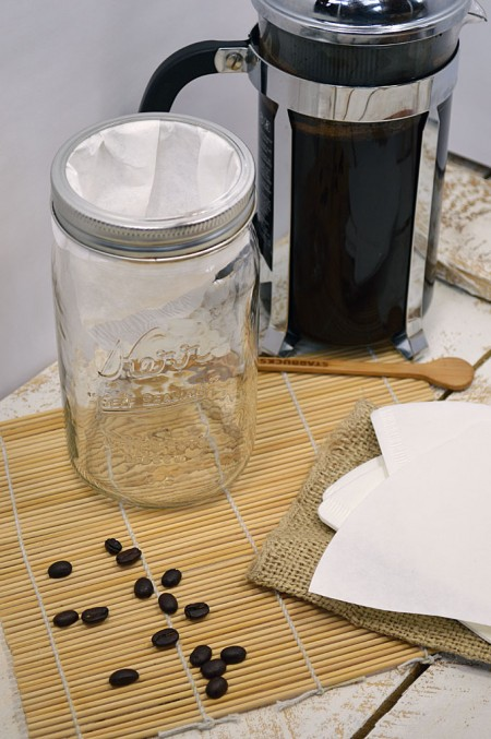 Cold Brewed Iced Coffee: Make your own... it tastes better and saves money too!