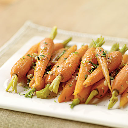 Steamed Carrots with Ginger and Garlic Butter
