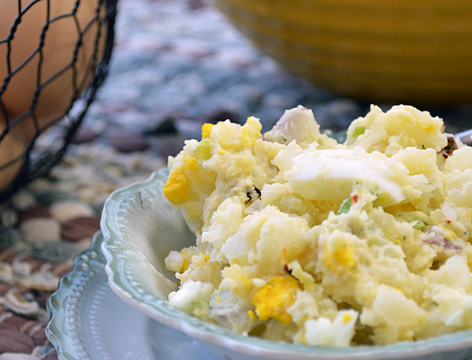 Home Style Potato Salad: Pure and Simple