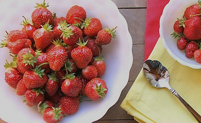3 Easy Ways to Freeze Strawberries