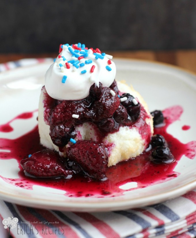 Monday Review: Grown-Up Mixed Berry Shortcake