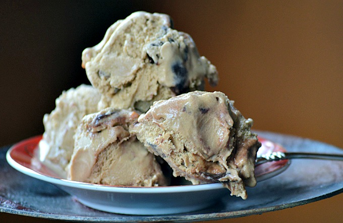 Natural Mocha Almond Fudge Ice Cream